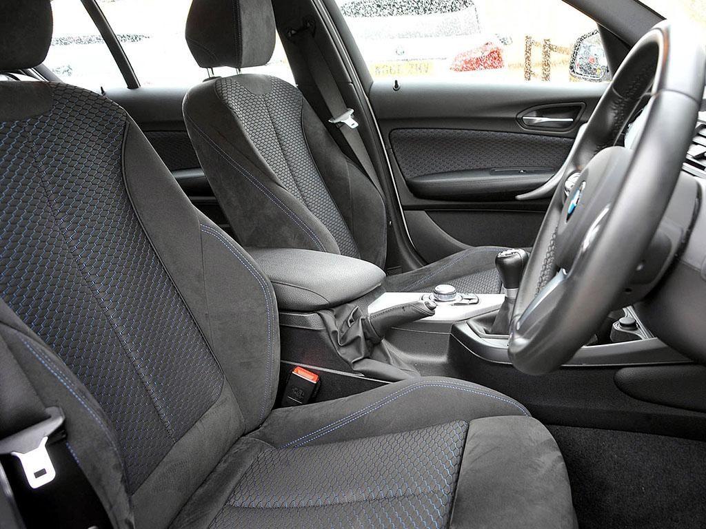 BMW 120d Front Seats